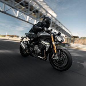新型SPEED TRIPLE 1200 RS 登場 トリプルパワーの革新